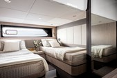 43 ft. $ - Azimut Yachts 43 Motor Yacht Boat Rental New York Image 10