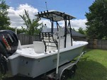 22 ft. Sea Hunt Boats rzr Center Console Boat Rental Alabama GC Image 1