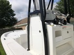 22 ft. Sea Hunt Boats rzr Center Console Boat Rental Alabama GC Image 4