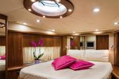 82 ft. Predator Yachts Sunseeker Cruiser Boat Rental Miami Image 17