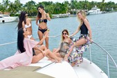 45 ft. Sea Ray Boats 450 Sundancer Cruiser Boat Rental Miami Image 7