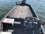 19 ft. Crestliner Boats VT19 Bass Boat Boat Rental Orlando-Lakeland Image 1