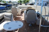 27 ft. Crest Pontoons 27 Upper Sundeck Pontoon Boat Rental Seattle-Puget Sound Image 1