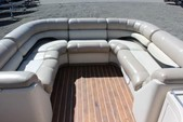 27 ft. Crest Pontoons 27 Upper Sundeck Pontoon Boat Rental Seattle-Puget Sound Image 4
