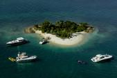 40 ft. Azimut Yachts 39 Flybridge Boat Rental Miami Image 12