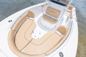 21 ft. Sportsman Boats Heritage 211 w/F150XA Yamaha Center Console Boat Rental Fort Myers Image 1