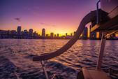 28 ft. Avalon Pontoons 27' Catalina Fun Ship Pontoon Boat Rental Miami Image 15