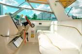 33 ft. Sea Ray Flybridge Boat Rental Miami Image 4