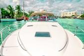 33 ft. Sea Ray Flybridge Boat Rental Miami Image 6