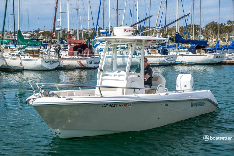 Rent a Everglades by Dougherty center console in San Diego, CA near me