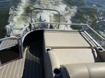 22 ft. Bennington Marine 22SLX Pontoon Boat Rental N Texas Gulf Coast Image 4