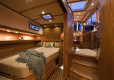 48 ft. Sabre/Sabreline Yachts 48 Salon Express w/Zeus drives Motor Yacht Boat Rental New York Image 3