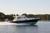 48 ft. Sabre/Sabreline Yachts 48 Salon Express w/Zeus drives Motor Yacht Boat Rental New York Image 8