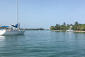 34 ft. Hunter 34 Cruiser Boat Rental Miami Image 17