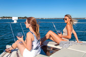 37 ft. 37 Carver Cruiser Boat Rental Miami Image 22