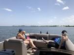 23 ft. Bennington Marine 22SSX SPS Tri-Toon Pontoon Boat Rental Tampa Image 6