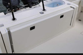 26 ft. Cobia Boats 256 CC w/2-F200 Yamaha Center Console Boat Rental Tampa Image 4