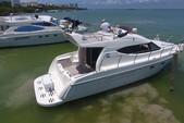 44 ft. Searay SUNDANCER Motor Yacht Boat Rental Cancun Image 10