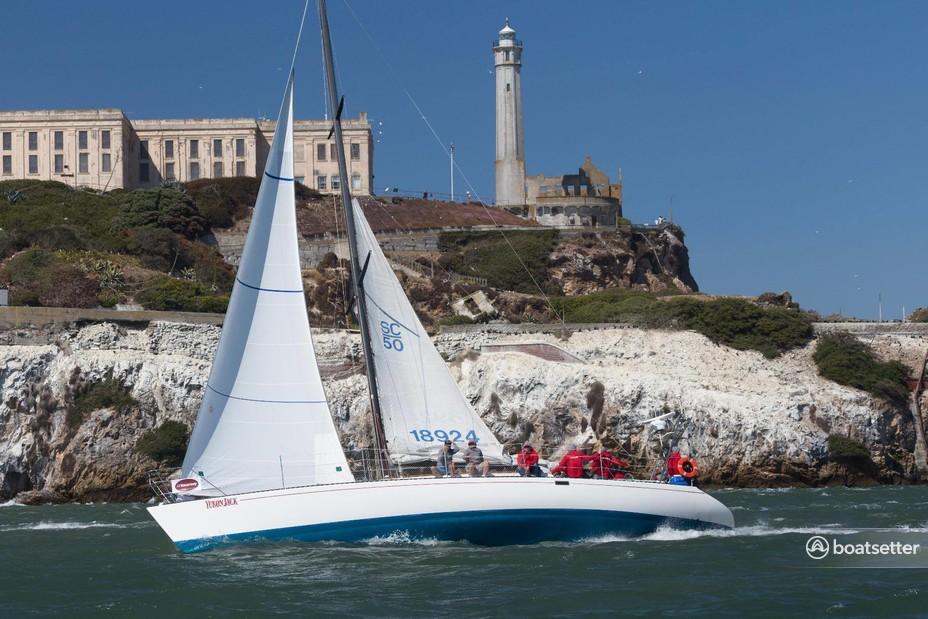 Rent a Santa Cruz Yachts sloop in San Francisco, CA near me