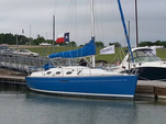 33 ft. Beneteau USA First 33.7 Classic Boat Rental Dallas-Fort Worth Image 3