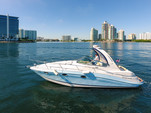 33 ft. Four Winns Boats V318 Vista Cruiser Boat Rental Miami Image 17