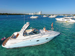 33 ft. Four Winns Boats V318 Vista Cruiser Boat Rental Miami Image 3