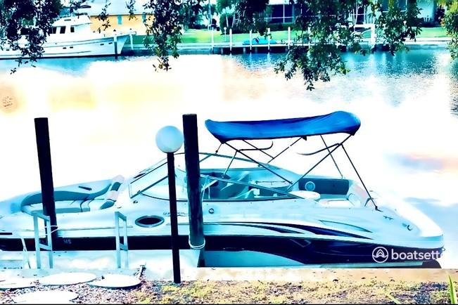 Rent a Sea Ray Boats bow rider in Punta Gorda, FL near me
