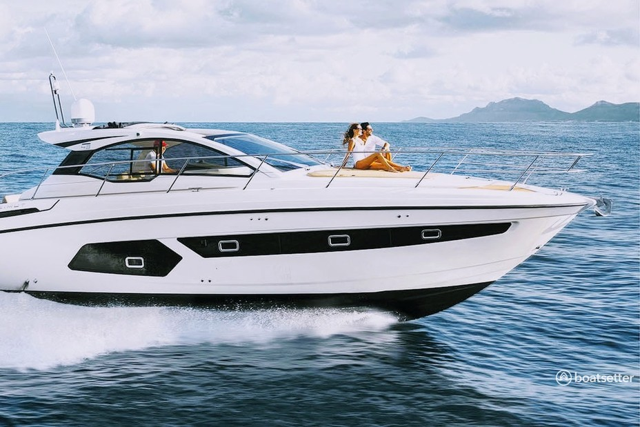 Rent a Azimut Yachts motor yacht in Sag Harbor, NY near me