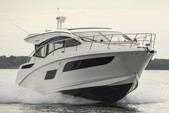 43 ft. Sea Ray Boats 410 Sundancer (V-Drive) Cruiser Boat Rental Los Angeles Image 9
