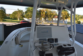 25 ft. NauticStar Boats 2500XS Offshore Center Console Boat Rental Miami Image 2