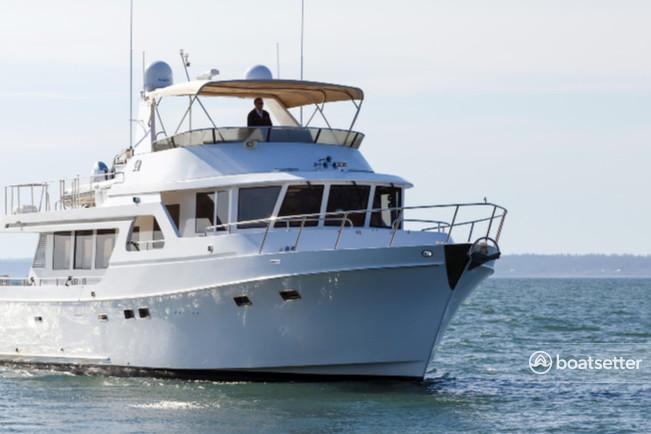 Rent a Ocean Alexander motor yacht in Bellingham, WA near me
