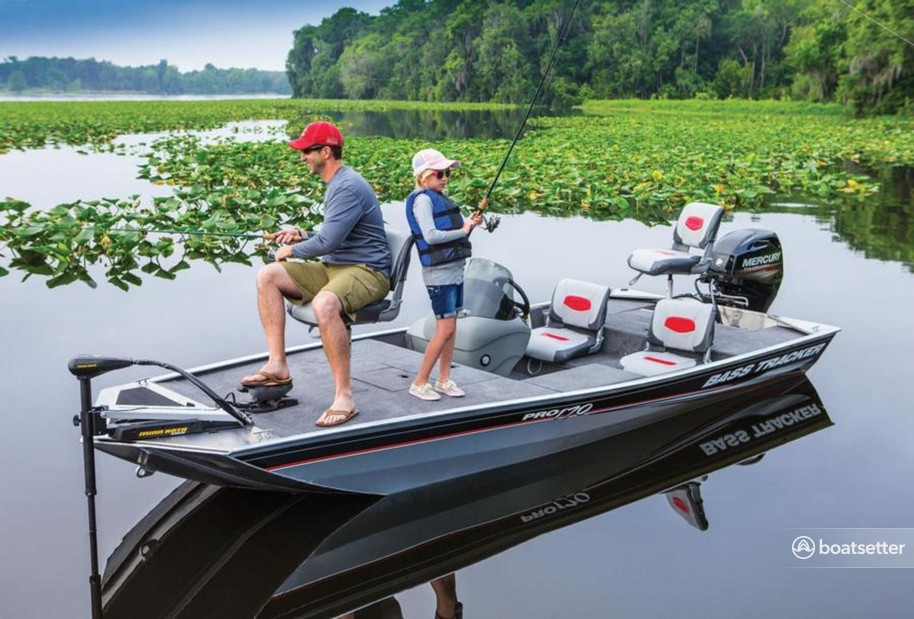 Rent a Tracker by Tracker Marine bass boat in Coventry, RI near me