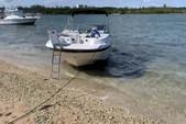 21 ft. Mariah Boats DX212 Cruiser Boat Rental Miami Image 5