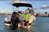 21 ft. Mariah Boats DX212 Cruiser Boat Rental Miami Image 6
