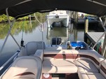 22 ft. Hurricane Boats FD 226 Deck Boat Boat Rental Tampa Image 6
