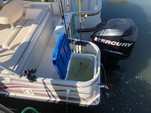 22 ft. Hurricane Boats FD 226 Deck Boat Boat Rental Tampa Image 7