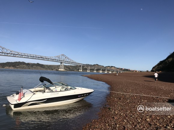 Rent a Seaswirl Boats bow rider in Richmond, CA near me