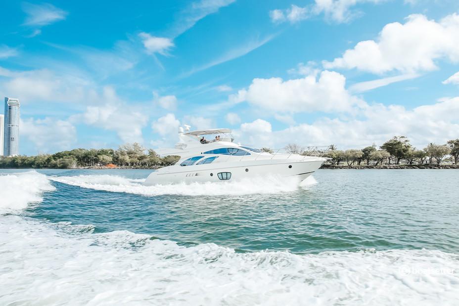 Rent a Azimut Yachts flybridge in North Miami Beach, FL near me