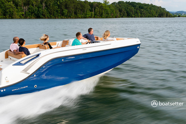 Rent a Bayliner bow rider in Sag Harbor, NY near me
