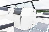 22 ft. Bayliner DX220 Bow Rider Boat Rental New York Image 3