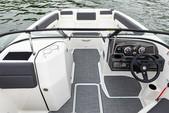 22 ft. Bayliner DX220 Bow Rider Boat Rental New York Image 5