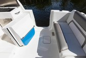 32 ft. World Cat Boats 320DC Dual Console w/2-300HP Catamaran Boat Rental Tampa Image 4