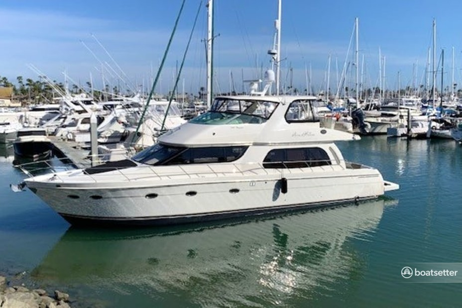 Rent a Carver Yachts pilothouse in Bellevue, WA near me