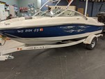 19 ft. Sea Ray Boats 185 4-Stroke Ski And Wakeboard Boat Rental Chicago Image 3