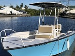 19 ft. Palm Beach by Marine Mfg. Whitecap 187 CC Center Console Boat Rental Miami Image 8