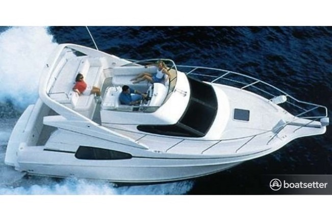 Rent a Silverton Marine motor yacht in Chicago, IL near me
