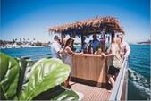 30 ft. Avalon Pontoons 27' Ambassador Sandbar Pontoon Boat Rental Los Angeles Image 5