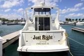 37 ft. Carver Yachts 350 Mariner Cruiser Boat Rental Chicago Image 5