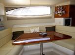 37 ft. Carver Yachts 350 Mariner Cruiser Boat Rental Chicago Image 9