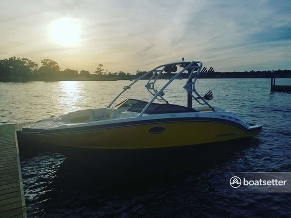 Rent a Chaparral Boats ski and wakeboard in Montgomery, TX near me